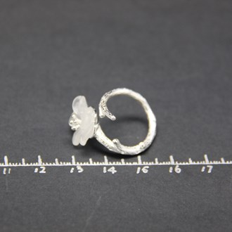 Crystal Skeleton Flower Ring 3