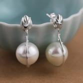 Flower Bud Pearl Earring 5