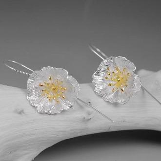 Poppy Earring 1