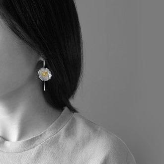 Poppy Earring 4