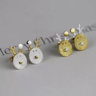 Reindeer Earring 2